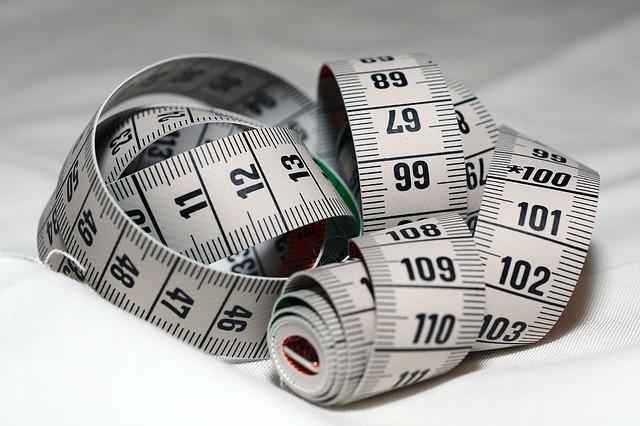 Jak pobrać miarę na garnitur szyty na miarę ?